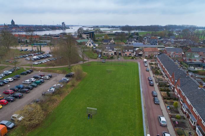 Het kerngebied van Bolwerk Buitenwacht, tegenover station Kampen. Rechts de Sportlaan, boven de Baan en Van Diggelenkade.