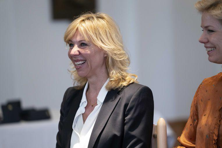 Claudia de Breij krijgt een koninklijke onderscheiding tijdens de jaarlijkse lintjesregen. Beeld ANP
