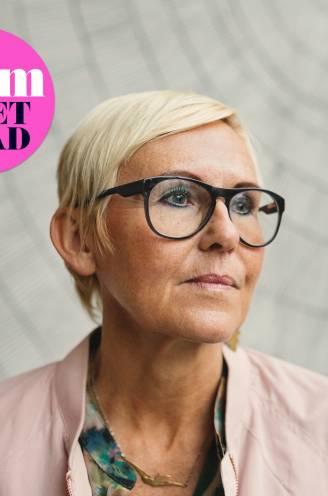 """Hilde (60) zoekt al 16 jaar naar een nieuwe liefde: """"Ik heb genoeg van friends with benefits."""" Relatietherapeut Wim Slabbinck geeft advies"""