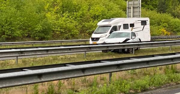 Eenzijdig ongeval op de A50: de weg is weer vrijgegeven.
