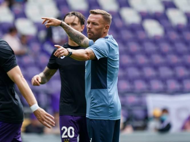 """Voormalig Anderlecht-assistent Craig Bellamy openhartig over depressie en vertrek bij paars-wit: """"Mijn dochtertje herkende me niet, waarop ik begon te huilen"""""""