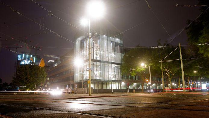 Ministerie van Financiën aan Korte Voorhout in de nacht.