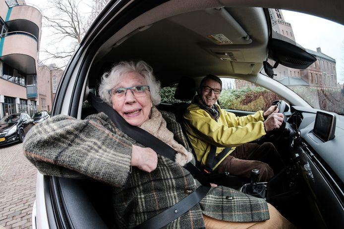De Seniorenraad heeft maandagmiddag bij de gemeente Etten-Leur een voorstel neergelegd voor invoering van het project AutoMaatje. Dat betekent wel dat de gemeente ieder jaar zou moeten bijdragen.