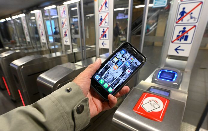 BRUSSELS, BELGIUM - JULY 01 :  Presentation and demonstration of the new payment system for STIB-MIVB tickets, onJuly 1, 2020 in Brussels, Belgium, 1/07/2020 ( Photo by Bert Van Den Broucke / Photonews