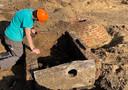 Archeologen aan het werk op de markt in Kasterlee
