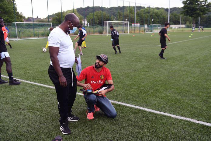 Het voetbaltornooi geeft vluchtelingen en asielzoekers sportief plezier maar biedt ook extra kansen om een breder netwerk uit te bouwen.