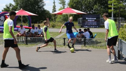 VIDEO. Scholen spelen street soccer