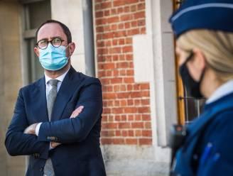 """Minister Van Quickenborne over 'Operatie Sky': """"Indicaties dat ook mensen uit publieke sector betrokken zijn"""""""