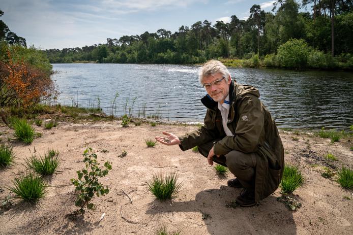 ▲ Peter Voorn: ,,De natuur kan tegen een stootje. Maar we zien vaker extremen.''