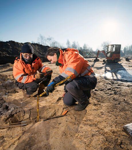 Drie skeletten gevonden op Isabellaveld in Vught; vermoedelijk van gesneuvelde soldaten