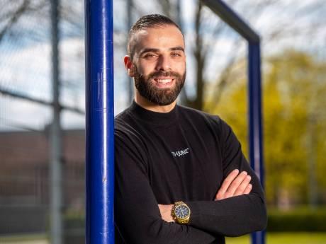 Ex-profvoetballer Soufiane (30) helpt jongeren die zijn vastgelopen: 'Schreeuw jij? Dan schreeuwt de ander ook'