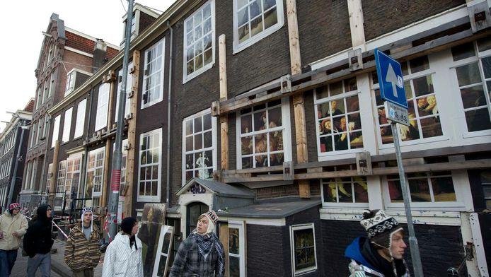 Als de bodemdaling doorzet in het huidige tempo kan dat weleens heel schadelijk zijn voor de Amsterdamse binnenstad.
