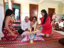 De huwelijksplechtigheid voor de boeddhistische kerk