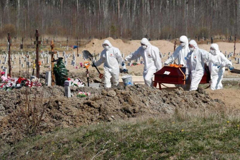 Begraafplaats in Sint-Petersburg Beeld Reuters