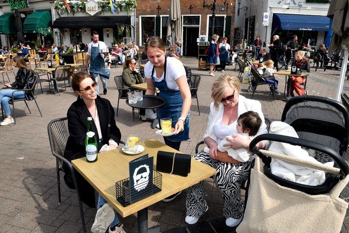 April dit jaar, een terras in Amersfoort.