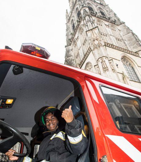 Helikoptervlucht en kerkbellen op de verwendag voor zieke 15-jarige Ruben uit Dinteloord
