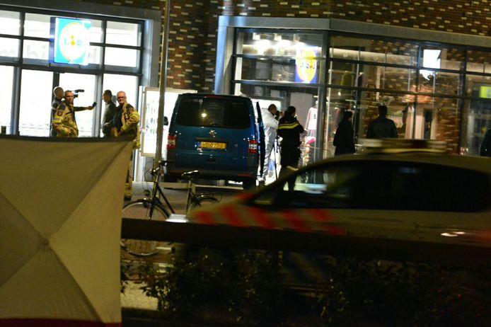Plofkraak winkelcentrum Keizerslanden Deventer.