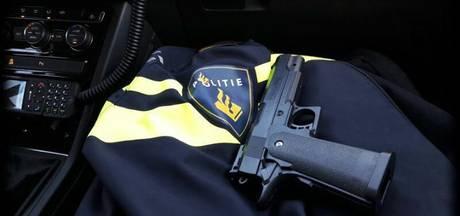 Verklede man moet nepwapen inleveren in Valkenswaard