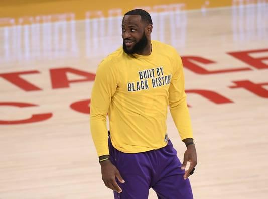 LeBron James afgelopen nacht voor de wedstrijd van LA Lakers tegen Portland Trail Blazers.