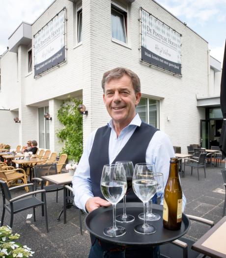 Cees de Zwart (61) is veertig jaar gastheer in Tilburg: 'Een masker opzetten voor de gast? Nooit!'