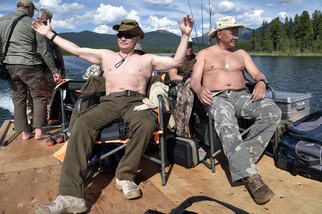 fotoreeks over Zo brengt Vladimir Poetin zijn vakantie door