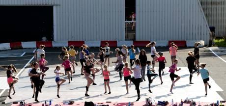 Dansscholen in de regio wachten niet af en gaan naar buiten, maar dat kan niet altijd: 'Drama én avontuur'