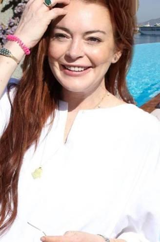 Zonnen met de zusjes Hadid en feesten met Lindsay Lohan: op deze plekken in Mykonos zijn de sterren thuis