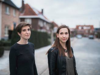 """Hartsvriendinnen Sofie (28) en Tine (27) vinden moeilijk eigen stek, nu woningprijzen stijgen: """"Mensen dromen over betaalbaar huis met veel groen en ruimte. In Hasselt is dat niet realistisch"""""""
