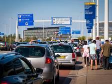 Gemeente pakt valetparking op Schiphol aan