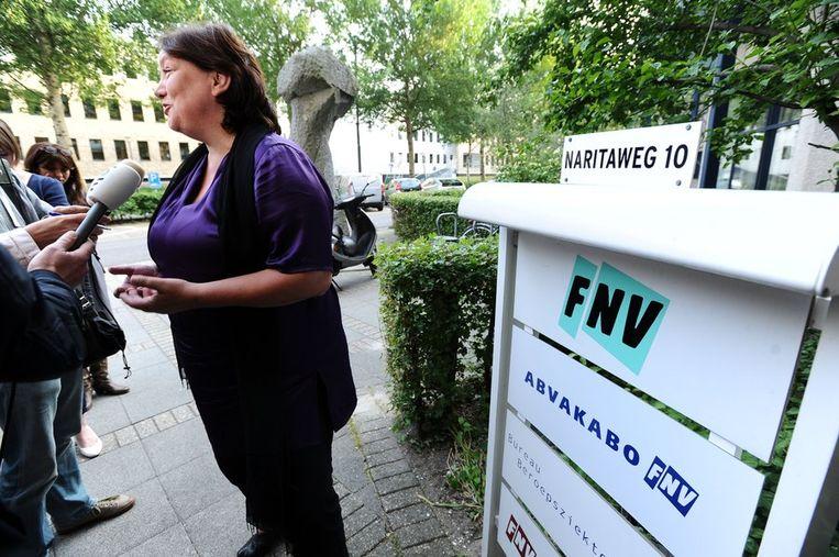 FNV-voorzitter Agnes Jongerius (boven) en Henk van der Kolk (onder), voorzitter van FNV Bondgenoten, nadat interne overeenstemming over een mogelijk pensioenakkoord leek bereikt. Beeld anp