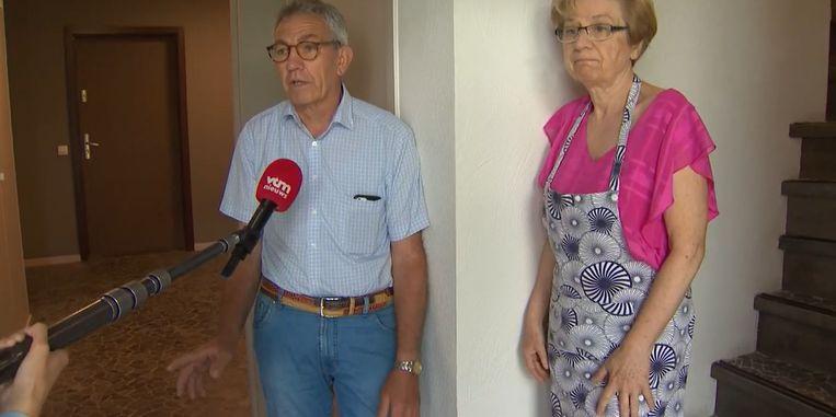 Daniel Stevens en zijn vrouw verhuisden pas zes maanden geleden naar het onbewoonbaar verklaarde gebouw.  Beeld Videostill VTM