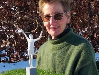 """Beeld aan woonzorghuis Molenkouter brengt positieve boodschap: """"Symbool voor vitaliteit, verbondenheid en veerkracht"""""""