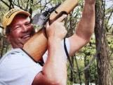 Robbert van den Broek (1972-2019) verongelukte in zijn vrachtwagen; de gildebroeder kreeg een groots en ontroerend afscheid