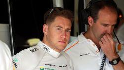 """Onze F1-watcher in Monaco ziet hoe de stemming van aanvankelijk ontspannen Vandoorne omslaat: """"Compleet onhandelbaar"""""""