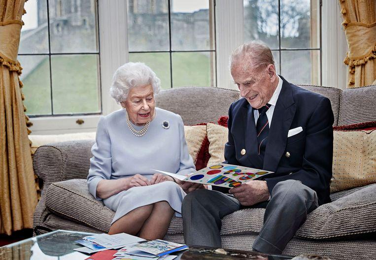 De Britse koningin Elizabeth en haar man, prins Philip. Hij overleed vorige week. Beeld ISOPIX