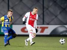 FC Oss heeft tegen Jong Ajax niet genoeg aan één goede helft