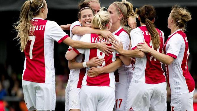 De vrouwen van Ajax.