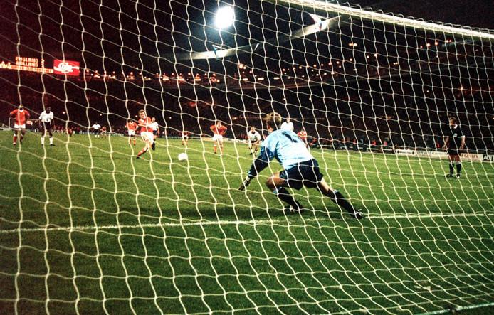 Peter van Vossen benutte in 1993 op Wembley een strafschop.