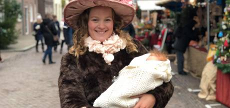 Jessy (21) figureert al sinds geboorte op Dickens Festijn