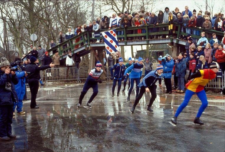 1985, de dertiende Elfstedentocht bij Bartlehiem.  Beeld Hollandse Hoogte/ANP