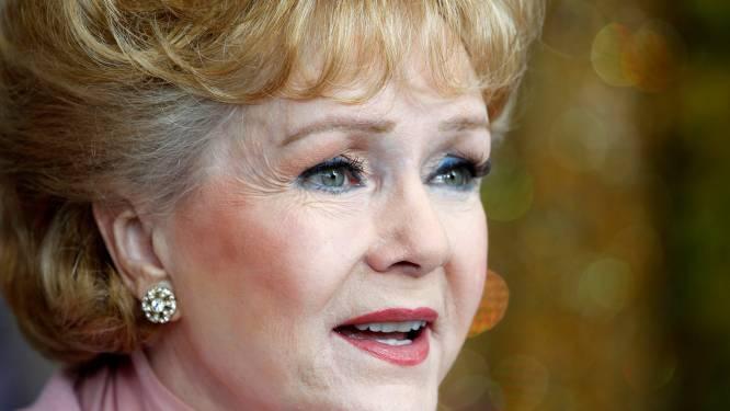 'Will & Grace'-cast eert Debbie Reynolds in speciale kerstaflevering