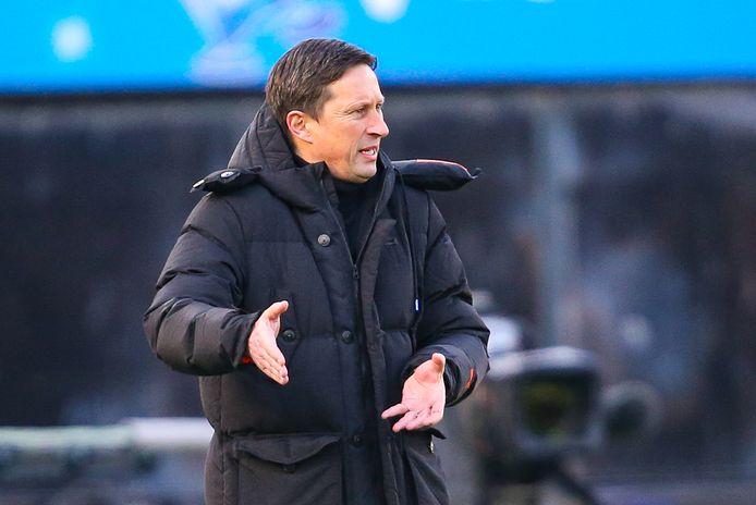 Roger Schmidt denkt dat PSV nog alle kansen heeft om door te komen in de Europa League.