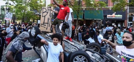 L'Amérique à feu et à sang et des manifestants qui n'ont plus peur de rien