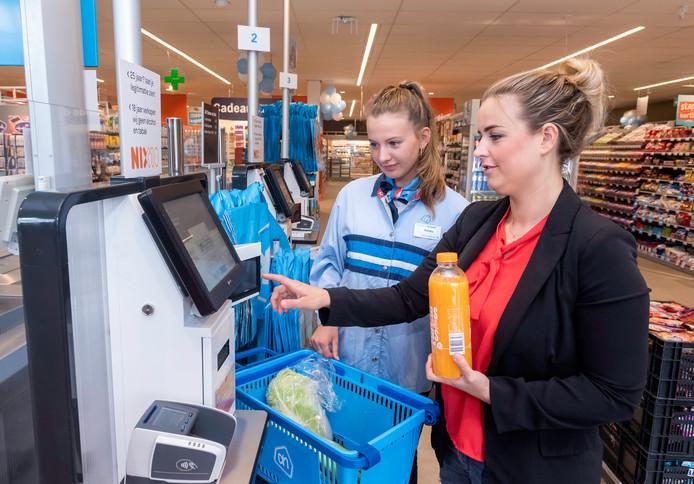 De nieuwe Albert Heijn wordt verbouwd volgens het nieuwste winkelconcept.