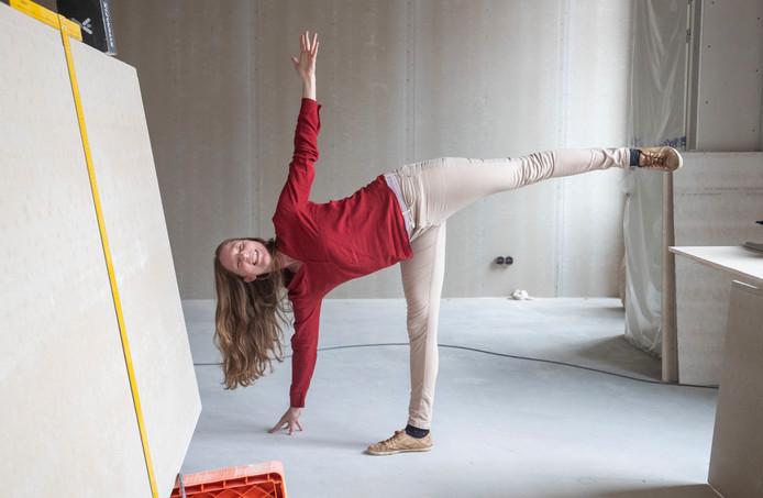 """Eva de Hoijer begint een franchise van yogastudio """"Tula"""" in de Grotestraat in Ede."""