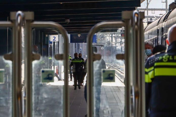 De perrons van het station werden afgesloten door de politie.