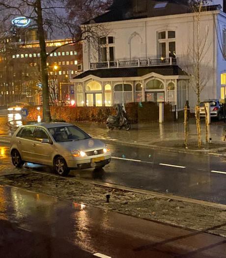 Meteen twee ongelukken na opening 'nieuwe' Raiffeisenstraat in Enschede
