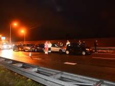 Twee gewonden bij aanrijding op A58 ter hoogte van Oost-Souburg; boetes uitgedeeld aan filmers