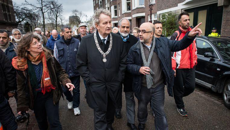 Burgemeester Van der Laan liep voorop Beeld Mats van Soolingen