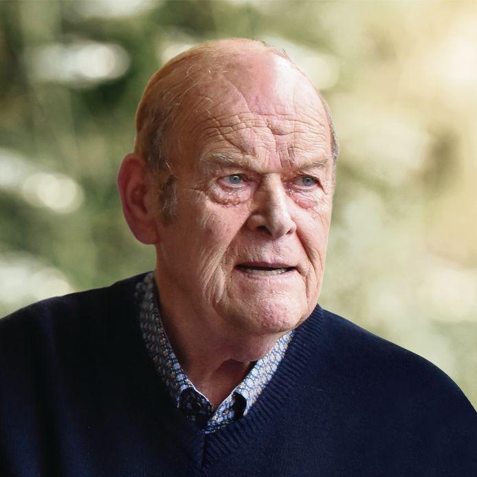 Etienne Symoens reed 30 jaar rond met een mobiele frituur en was daardoor zeer gekend in Ninove.